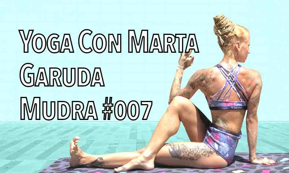 Yoga On Line con Marta Korby – gadura mudra 007